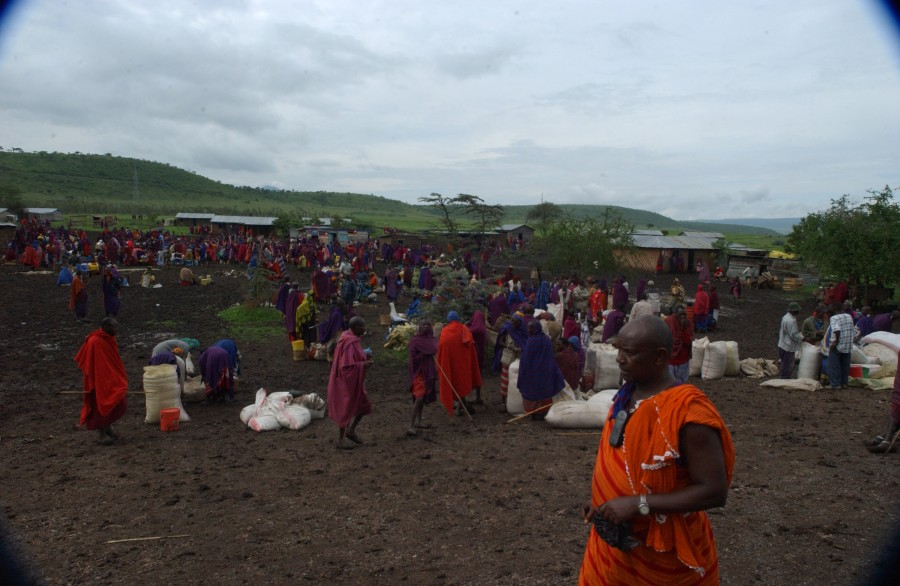 After the rain, market day on the Kenya-Tanzania border, Africa.  December 2006.